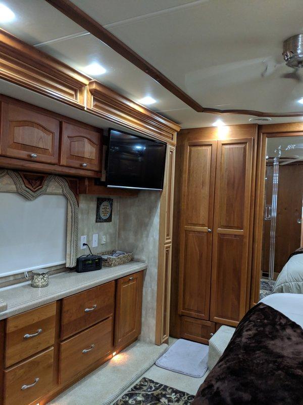 2008 Tiffin Allegro Bus QDP