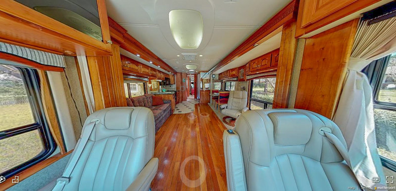 2007 Country Coach Allure 470 31459