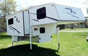 2003 Northwood Arctic Fox 1140