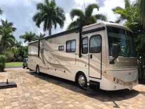 2009 Fleetwood Expedition 38R