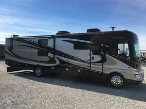 2014 Fleetwood Bounder Classic 36H