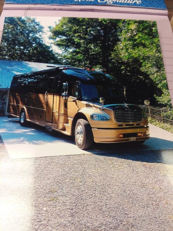 2008 Dynamax DynaQuest 340XL