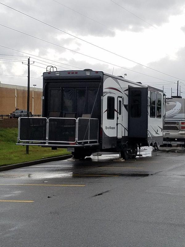 2014 Heartland Road Warrior RW410