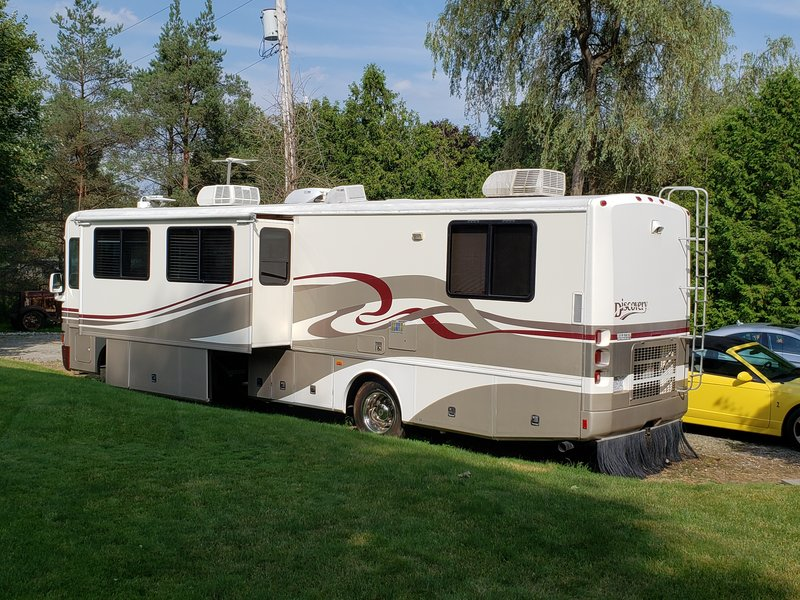 1997 Fleetwood Discovery 38RS