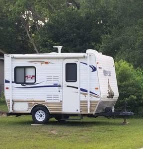 2013 Skyline Bobcat Camper RV