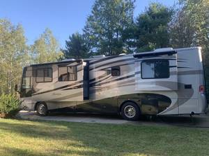 2007 Forest River Berkshire 360QS