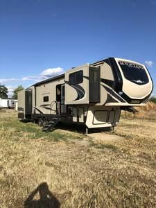 2019 Keystone Montana High Country 375FL