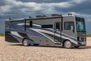 2022 Holiday Rambler Vacationer 35K