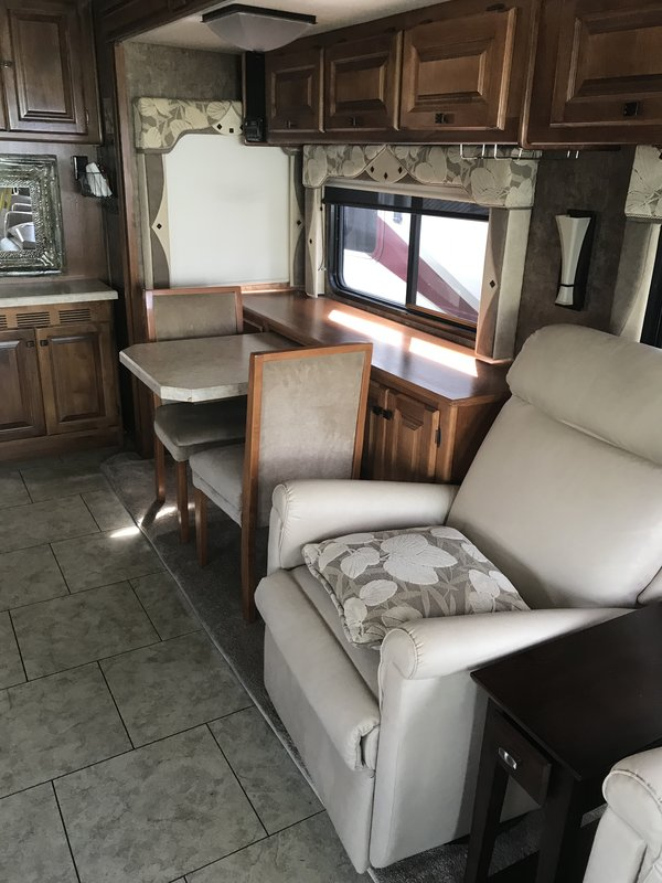 2012 Tiffin Allegro RED 36QSA
