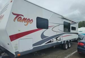 2011 Pacific Coachworks Tango 306RLSS