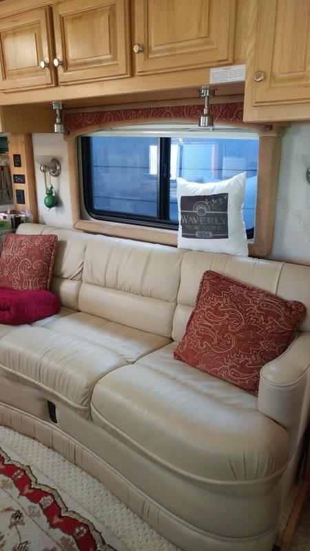 2004 Airstream Land Yacht 396XL