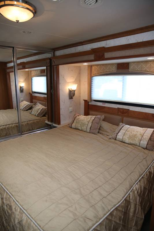 2007 National RV Pacifica 40B