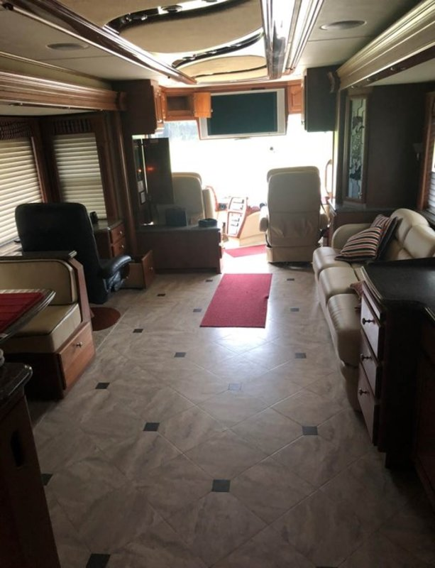 2006 Country Coach Affinity 700 730
