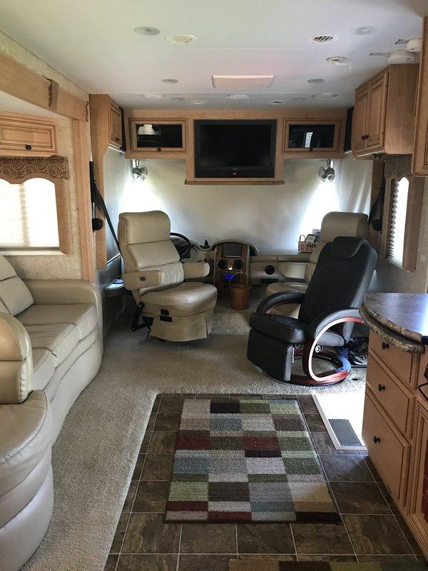 2011 Thor Motor Coach Four Winds 34U Windsport
