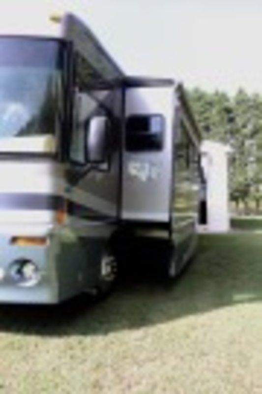2003 Winnebago Journey DL