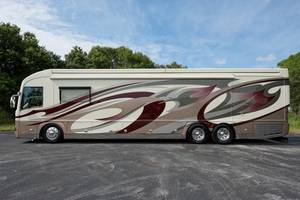 2011 American Coach American Heritage 45BT