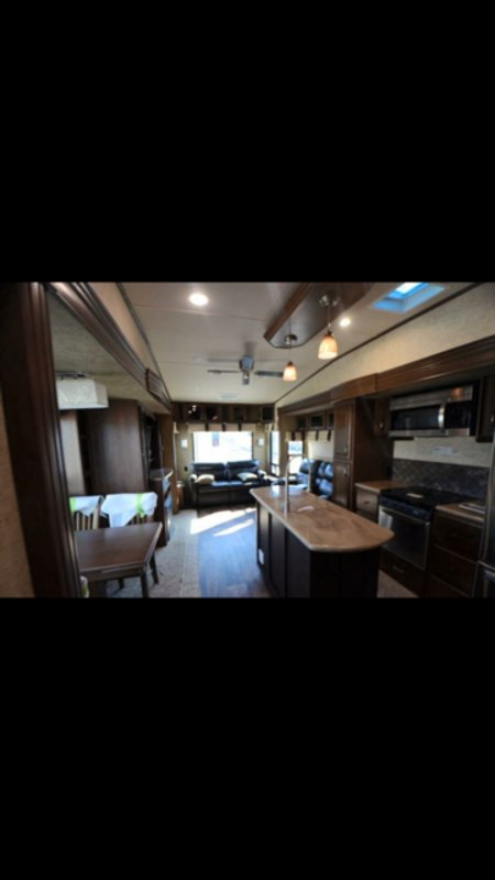 2018 Forest River Sandpiper 378 FB