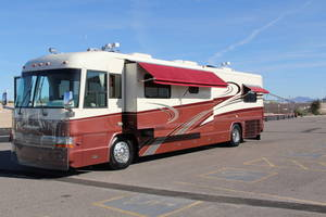 1999 Country Coach Affinity GRAND CHALET,