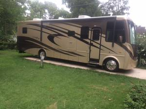 2009 Newmar Canyon Star 3641