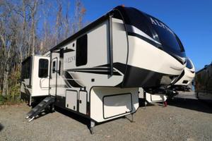 2020 Keystone Alpine 3121RS