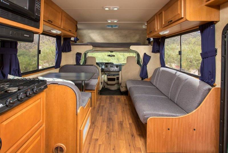 2016 Thor Motor Coach Majestic 28A