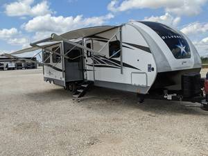 2020 Highland Ridge RV Silverstar Limited ST312BHS