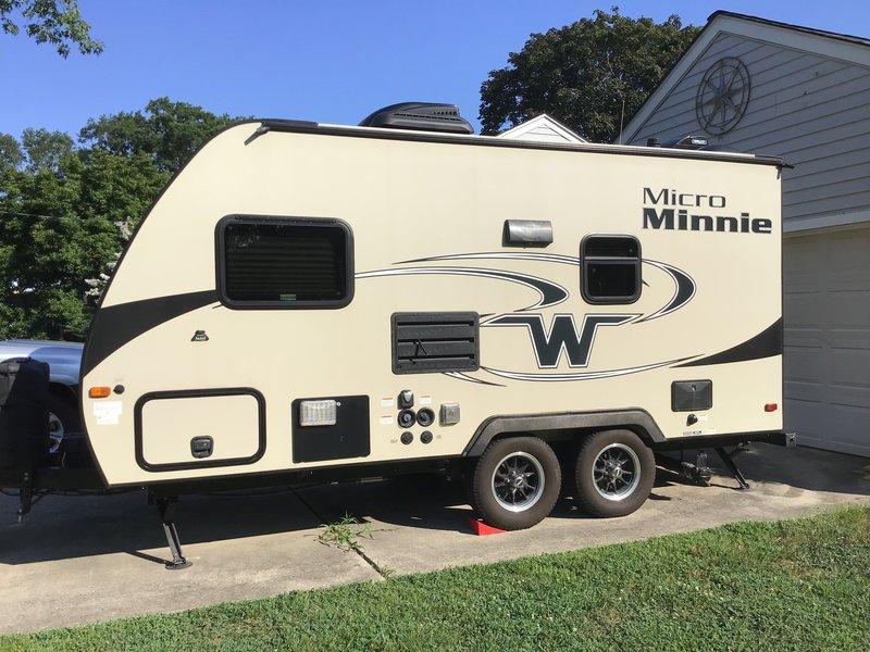 2018 Winnebago Micro Minnie 1706FB