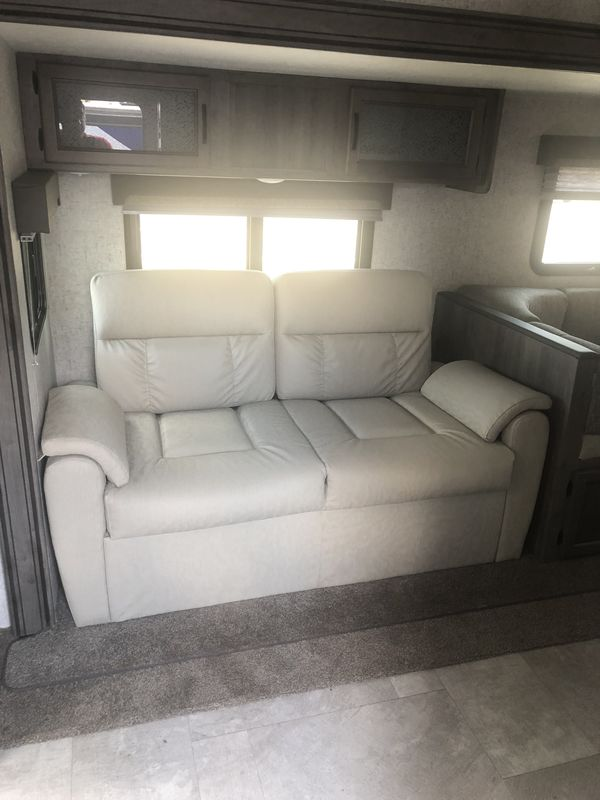 2019 Forest River Surveyor Luxury 267RBSS