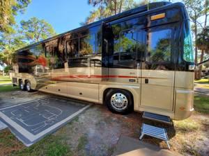 2006 Foretravel Motorcoach  Phenix 442