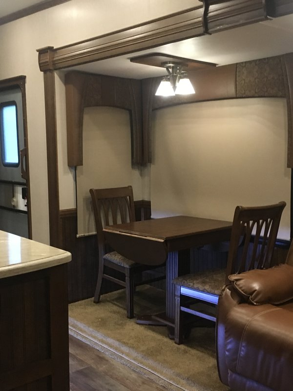 2016 Forest River Cardinal Luxury 3850RLX