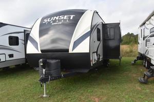 2017 CrossRoads Sunset Trail 33SI
