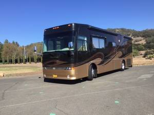 2008 Western RV Alpine Coach 34FDDS Limited SE