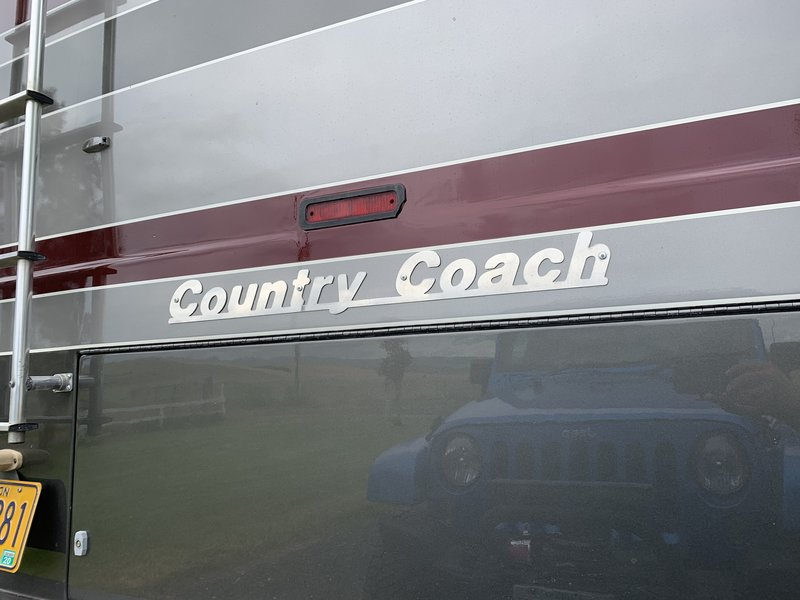 1998 Country Coach Intrigue Montage