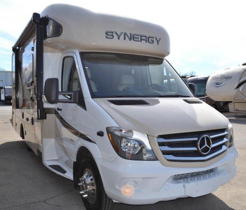 2017 Thor Motor Coach Chateau Sprinter Synergy