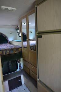 1999 Bigfoot RV 3000 30C10.11