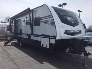2020 Winnebago Minnie Plus 27BHSS
