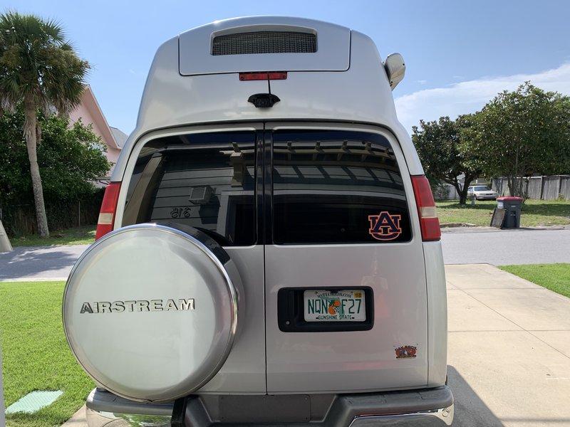 2011 Airstream Avenue 21