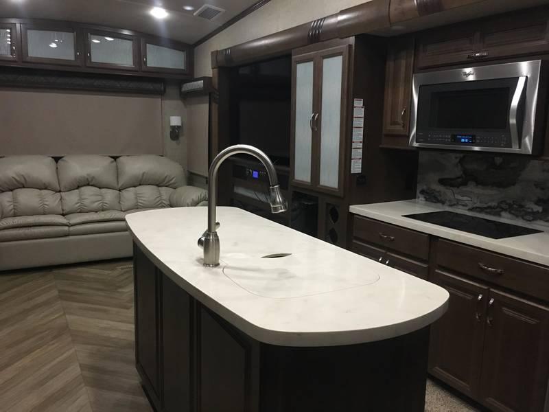 2017 Forest River Cedar Creek Champagne 385EL