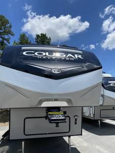 2010 Keystone Cougar 318SAB