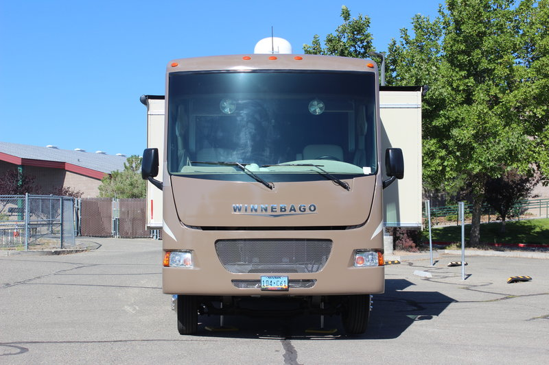 2015 Winnebago Vista 27N