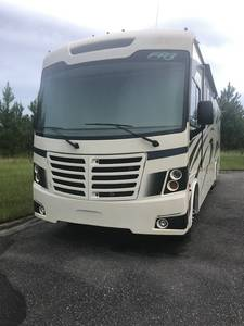 2019 Forest River FR3 32DS