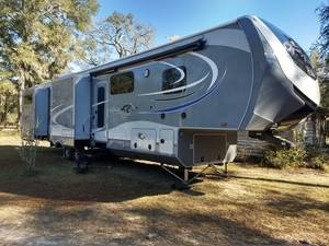 2017 Highland Ridge RV Opon Range 3X 427BHS