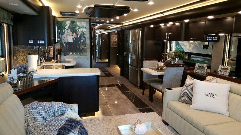 2016 American Coach American Eagle Custom Floor plan
