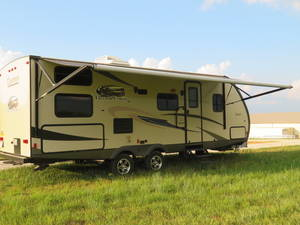 2015 Coachmen Freedom Express 257BHS 50th Anniversary Edition