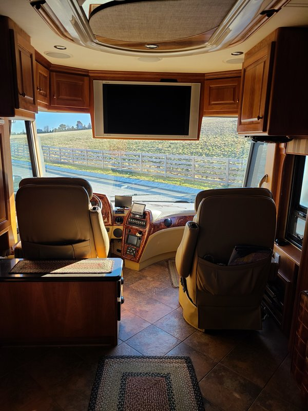 2006 Country Coach  6690