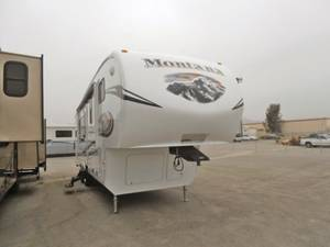 2011 Keystone Montana Mountaineer 295RKD