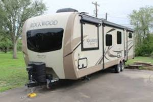 2019 Forest River Rockwood Ultra Lite Rockwood Signature Ultra Lite 8335BSS