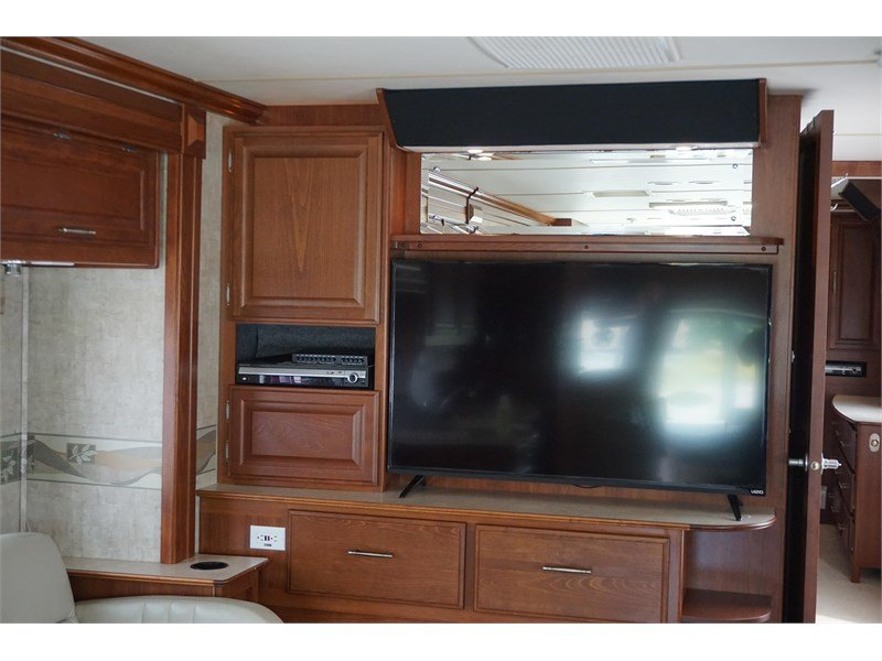 2007 Fleetwood Discovery 40X