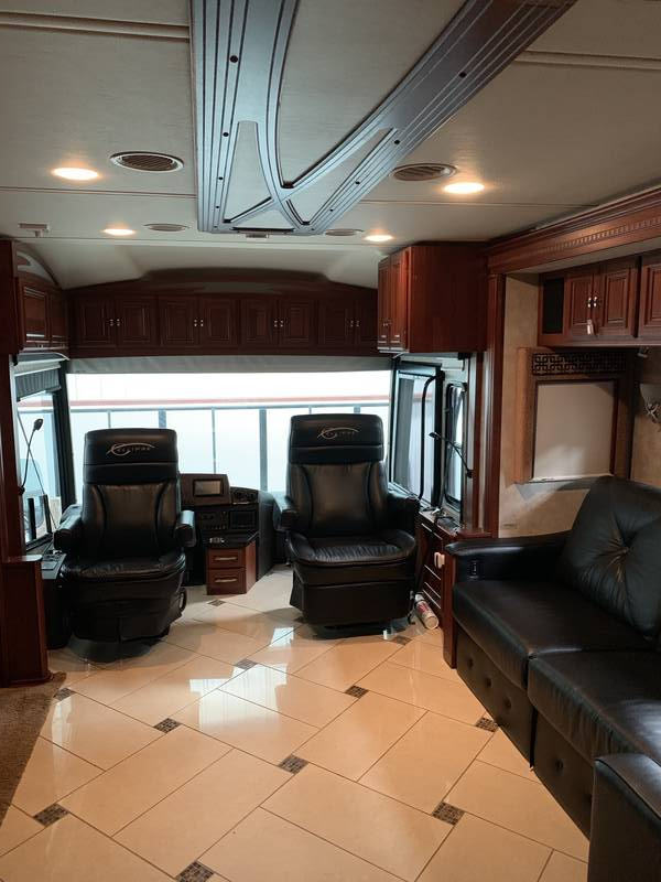 2012 Winnebago Ellipse Itasca