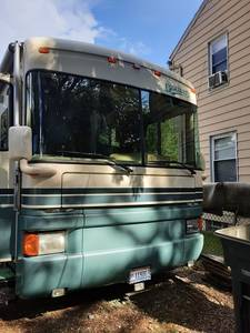 1996   FLEETWOOD DISCOVERY 36M